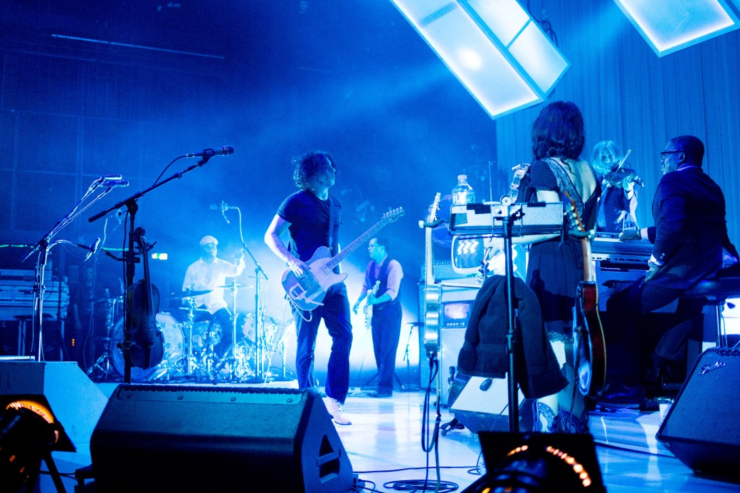 Jack White jamming with his band of seasoned players. Image: Dan Swanson. Source: